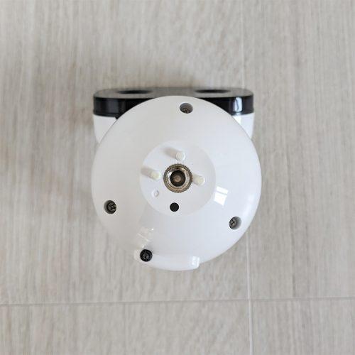 パナソニックのベビーモニター(KX-HC705-W)は1/4インチのネジ穴